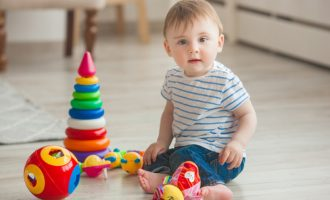 Tips-for-Choosing-Toys-for-Toddlers
